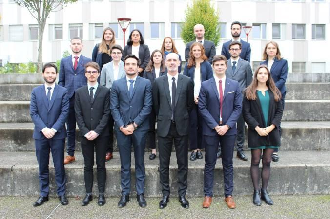Les 16 étudiantes et étudiants de la promotion qui sera diplômée en 2020 du master 2 droit bancaire et financier de l'Université du Mans